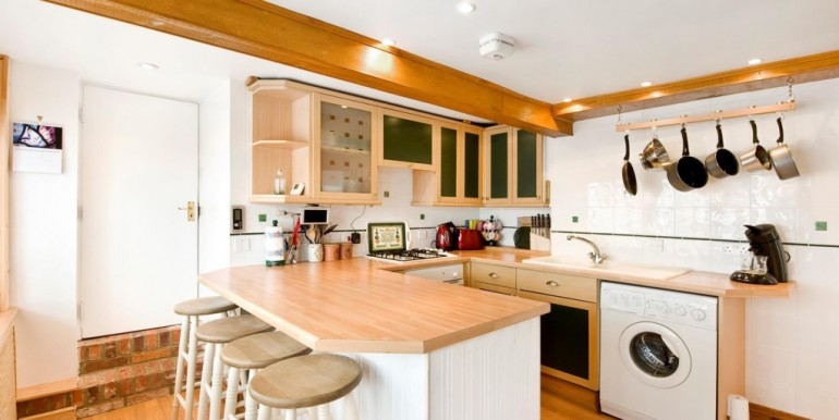 10-11-landgate-kitchen